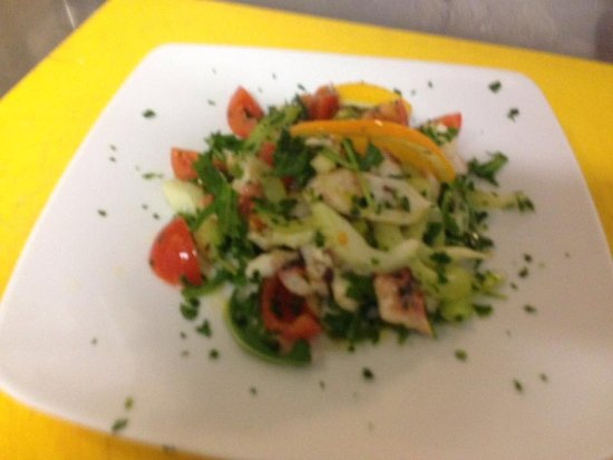 Olmedo, Италия: insalata di polpo