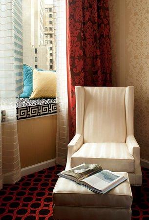 Kimpton Hotel Monaco Chicago: CMNRiver View Mediterranean Suite Tranquility Stat