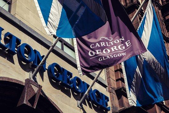 Carlton George Hotel: Exterior