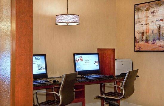 Arlington, MA: Business Center