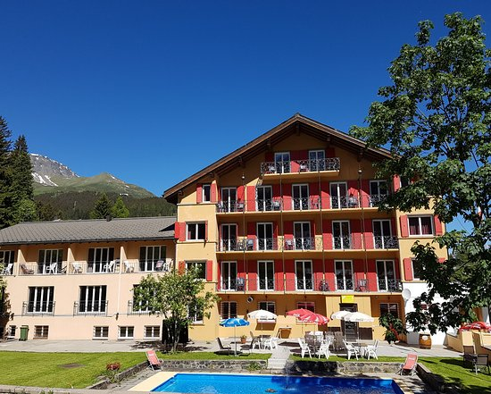 Parpan, Suiza: Hotel im Sommer 2016