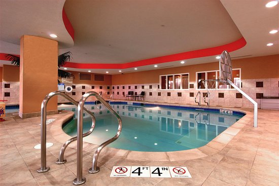 Hilton Garden Inn Rockford: Indoor Pool Area