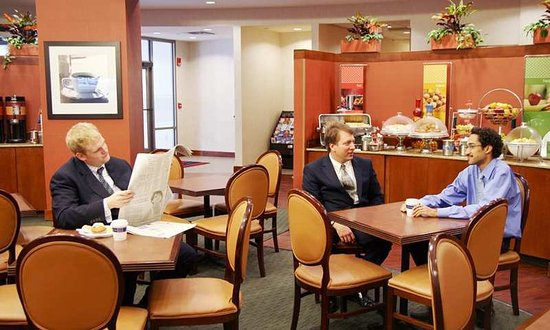 Hampton Inn & Suites Milwaukee Downtown: Restaurant