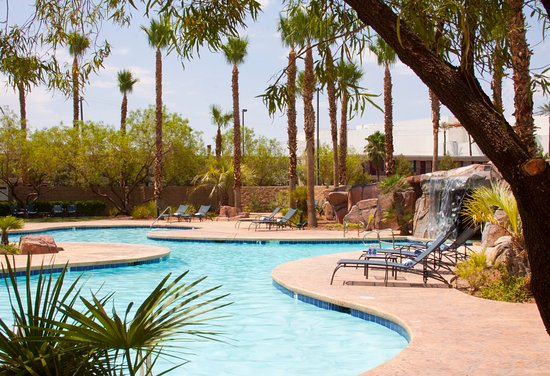 Embassy Suites by Hilton Las Vegas: Outdoor Pool
