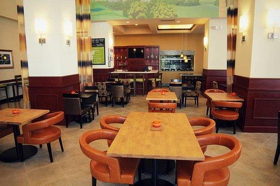 Hilton Garden Inn Charlotte Uptown: Great American Grill