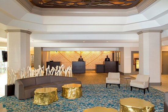 دبل تري باي هيلتون هوتل ديرفيلد بيتش: Hotel Lobby