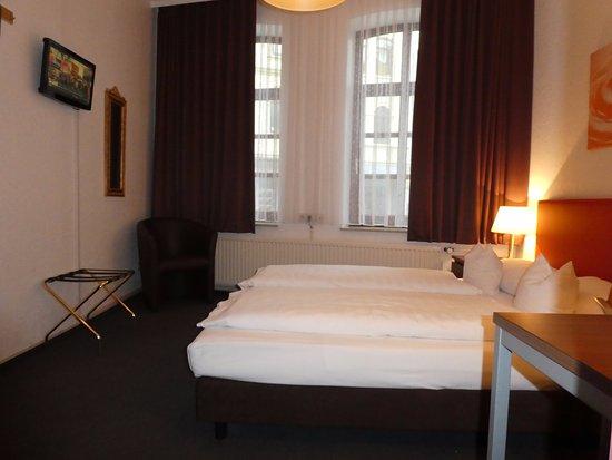 Hotel Columbus: Beispiel Doppelzimmer Kat. C