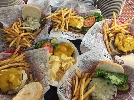 Bayport, MN: Burgers