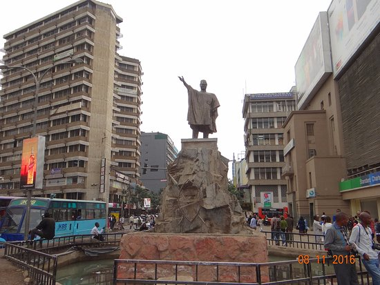 Tom Mboya Statue : Statue of Tom Mboya