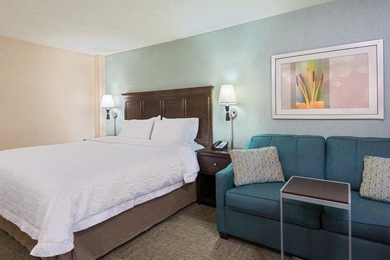 Elmsford, NY: King Bedroom