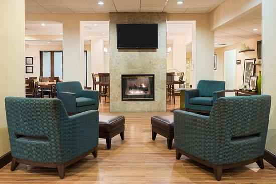 Elmsford, NY: Lobby Seating