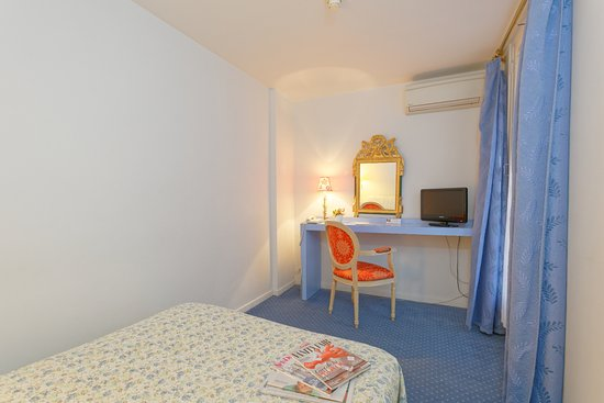 Royal Wilson: Chambre-HotelRoyalWilson-Centre-Toulouse
