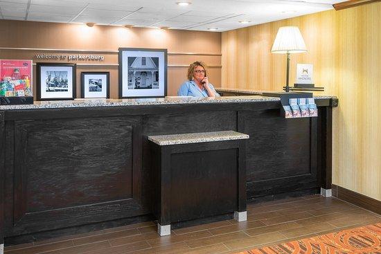 Mineral Wells, Западная Вирджиния: Front Desk