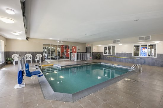Matteson, IL: Indoor swimming pool