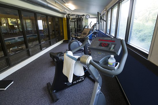 Trevose, Pensilvania: Break A Sweat in the Fitness Facility