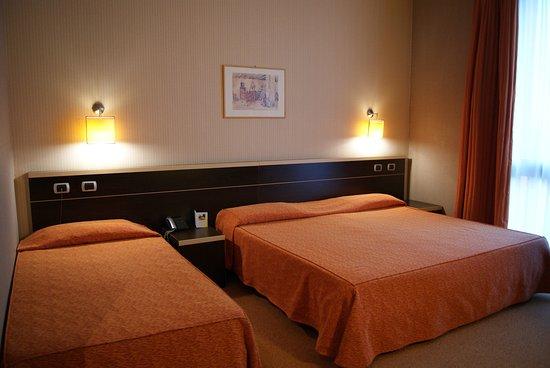Camera matrimoniale con letto singolo - Foto di Al Mulino Hotel ...