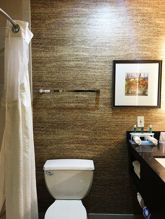 Colton, Californien: Guest Bathroom