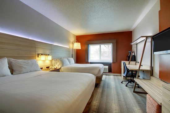 Holiday Inn Express Milwaukee N. Brown Deer/Mequon : Double Bed Guest Room