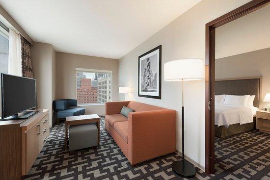 homewood suites by hilton chicago west loop updated 2017. Black Bedroom Furniture Sets. Home Design Ideas