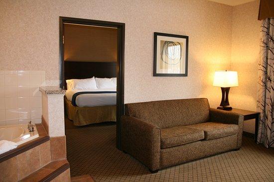 Mercer, PA: Jacuzzi Suite