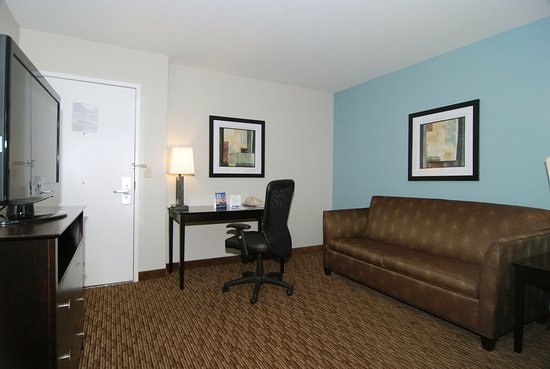 Holiday Inn Express Marana : Suite