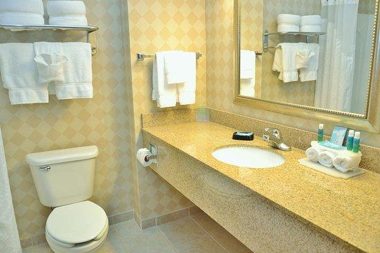 Monaca, Pensilvania: Guest Bathroom