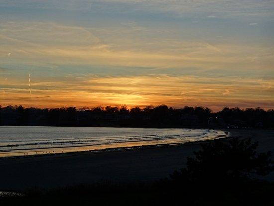 Rhea's Inn by the Sea: sunset