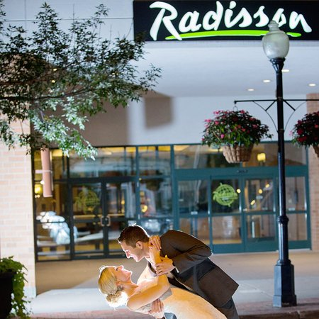 Photo of Radisson Quad City Plaza Hotel Davenport