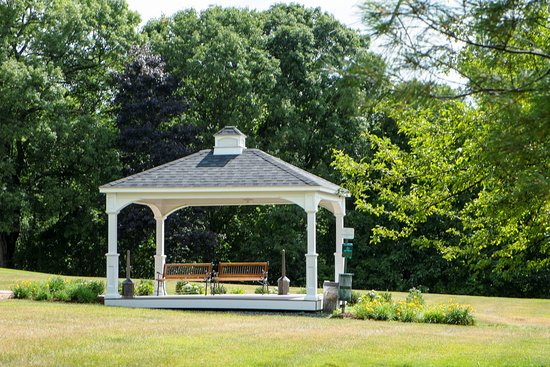 Southborough, MA: Gazeebo