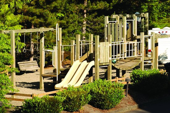 Welches, Όρεγκον: Whispering Woods Playground Area