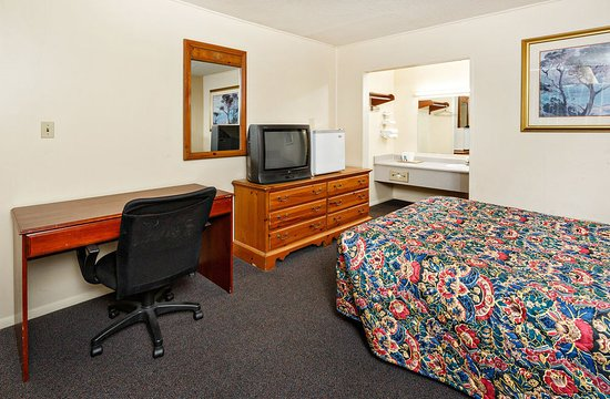 Red Carpet Inn Louisville Updated 2017 Prices Amp Hotel