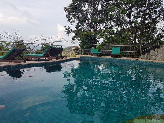Haad Yao Over Bay Resort: Ein sehr schöner Pool