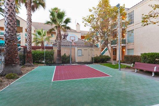 San Bruno, كاليفورنيا: Recreational Facility