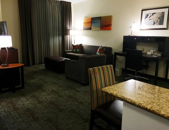 Staybridge Suites Irvine Spectrum/Lake Forest: Guest Room