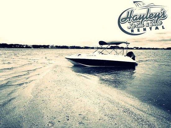 Hayley's Jet Ski and Boat Rental: Beaching on an island