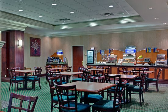 Holiday Inn Express & Suites Milton: Start your day off right with our complimentary full hot breakfast