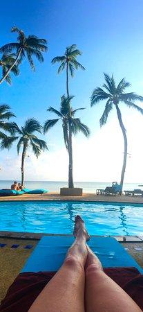 Blu' Beach Bungalows: beach on the ocean on an island... pure bliss!
