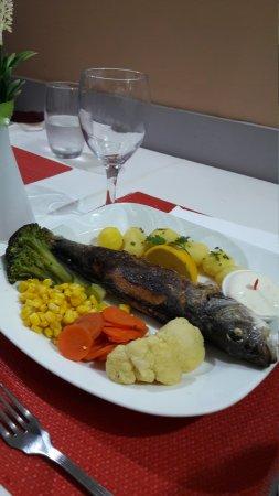 Snack bar vieira funchal omd men om restauranger for Food at bar 38