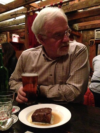 The Ceili Cottage : A pensive me with an excellent pint