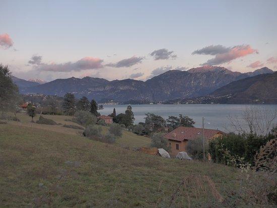 Lenno, Italia: Up the hill from Balbianino