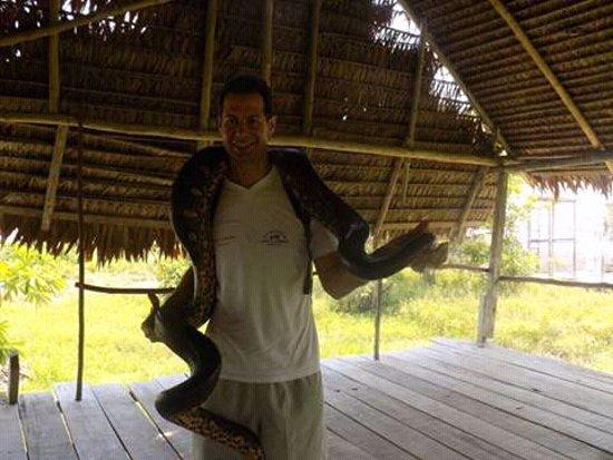 Amazon Apart Hotel: Hola amigos turistas le ofreco un paseo por mi linda isla bonita me llamo David Montes Rucoba so