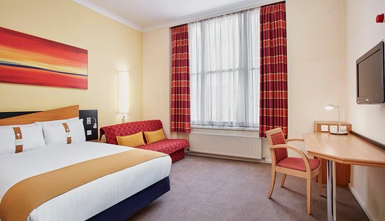 holiday inn express london victoria 125 1 5 0. Black Bedroom Furniture Sets. Home Design Ideas