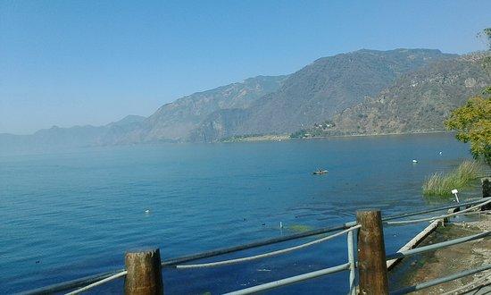 Lake Atitlan, Guatemala: Amanecer en Panajachel