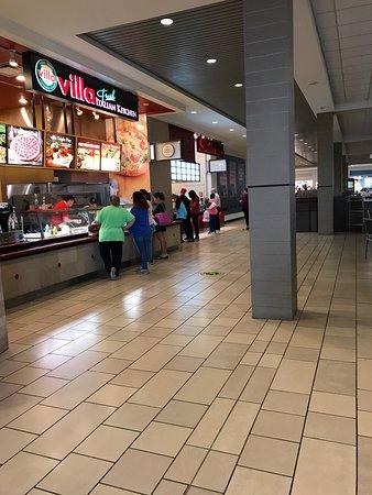 La Palmera Food Court