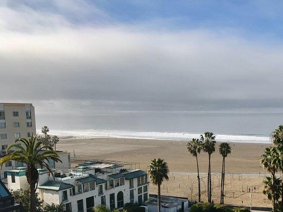 Loews Santa Monica Beach Hotel: View from our Coastal View Room