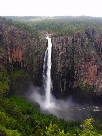 Ingham, Australia: The falls from the lookout