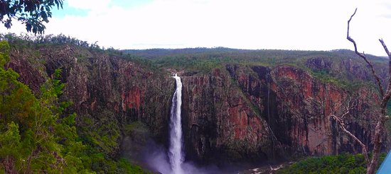 Ingham, ออสเตรเลีย: The falls from the lookout