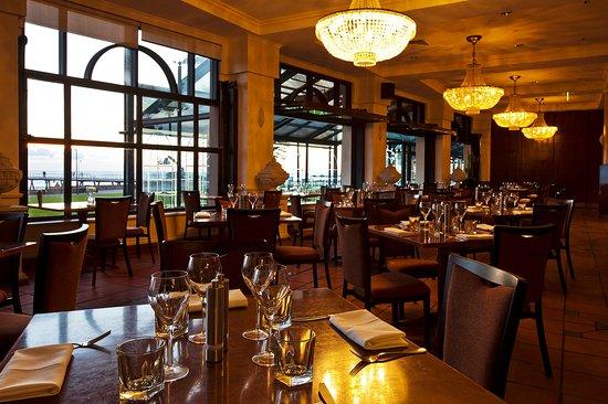 Гленелг, Австралия: Promenade Restaurant