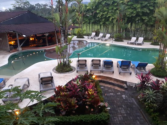 Arenal Backpackers Resort: 20170205_174816_large.jpg