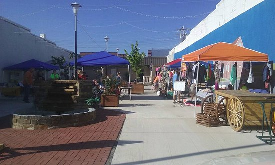 Poteau Farmer's Market and Bazaar